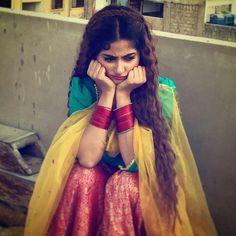 Cute Girl Photo, Girl Photo Poses, Girl Photography Poses, Stylish Girls Photos, Stylish Girl Pic, Girl Pictures, Girl Photos, Indian Photoshoot, Photoshoot Ideas