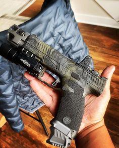 RAE Magazine Speedloaders will save you! Weapons Guns, Guns And Ammo, Pocket Pistol, Mens Toys, Shooting Guns, Custom Guns, Fire Powers, Cool Guns, Tactical Gear