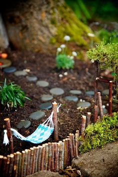 Hammock : Magical Fairy Garden Winner : Fairy Garden Contest 2014 : The Magic Onions : www.theMagicOnions.com