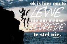 #skertips #afrikaans #afrikaansequotes #quotes #tiener Some Quotes, Wisdom Quotes, Art Quotes, Qoutes, Funny Quotes, Afrikaanse Quotes, A Funny, Self, Positivity