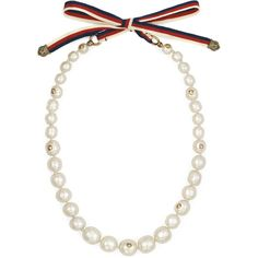 Gucci Pearl Necklace With Sylvie Web (17.995 CZK) ❤ liked on Polyvore featuring jewelry, necklaces, pearl tie necklace, gucci jewellery, gucci jewelry, chain jewelry and pearl jewelry