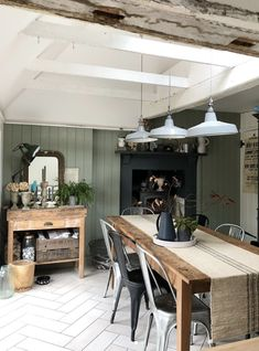 10 Beautiful Rooms - Mad About The House Cabin Interiors, Space Interiors, Scandinavian Cottage, Scandinavian Style, Modern Cabin Interior, Interior Design, Mad About The House, Living Room Decor Inspiration, Edwardian House
