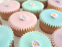 Vanilla fairy cakes with simple icing sugar glaze. So easy to make and so pretty for Easter.