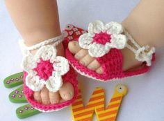 Crochet Pink Flower Baby Sandals