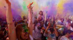 Festival of Colors in Utah (Clip)
