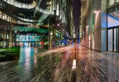 Walking around a rainy London alone one night...