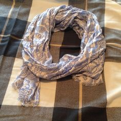 Juicy Couture scarf In brand new perfect condition. Reasonable offers accepted. Feel free to ask any questions. Would love to bundle. All my items are totally authentic. Juicy Couture Accessories Scarves & Wraps