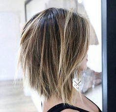 Textured Bob Hairstyles, Medium Hair Styles, Short Hair Styles, Great Hair, Hair Today, Hair Dos, Lob Hair, Short Hair Cuts, Razor Cut Hair