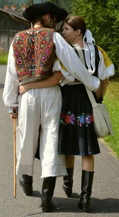 Hrinova, Slovakia Folk Costume, Costumes, Big Bows, Eastern Europe, Beautiful Patterns, Belly Dance, Folklore, Celtic, The Incredibles