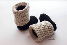 Hey I found this re Crochet Baby Booties, Knit Crochet, Baby Slippers, Baby Girl Gifts, Clothing Items, Etsy Seller, Baby Shoes, Crochet Patterns, Online Gift