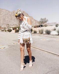 """Mi piace"": 8,152, commenti: 184 - Emily Luciano⠀ (@emily_luciano) su Instagram: ""caught in the desert w/ @furla ✨ #furlafeeling #furladesertvibes"""