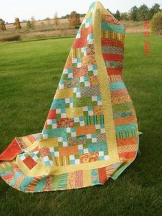 Queen sized Quilt including 3 Pillow Shams / by SallysStitches