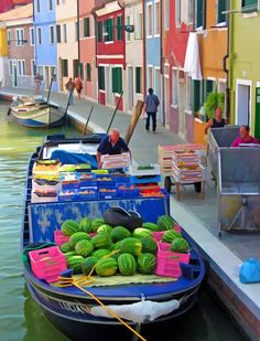 Bella Italia The colourful island of Burano, Italy. #Visa #passport #visaandpassportagency 1.800.381.3010