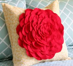 DIY PILLOW CASE - I would probably just glued the pieces down on something else.
