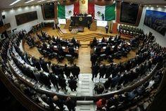 José Rosas Aispuro rindió su primer informe ante el Congreso - Milenio.com