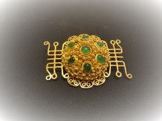 Nail Guards, Antique Brooches, Gold Wash, Chinese Antiques, Dress Designs, Emerald Green, Filigree, Brooch Pin, Vintage Antiques