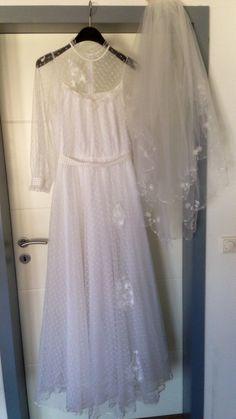 ♥ Brautkleid mit wunderschönem Schleier ♥  Ansehen: http://www.brautboerse.de/brautkleid-verkaufen/brautkleid-mit-wunderschoenem-schleier/   #Brautkleider #Hochzeit #Wedding