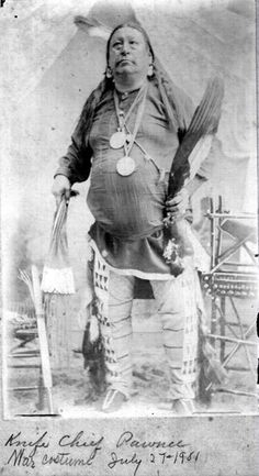 An older Knife Chief. Native American Photos, Native American Tribes, American Indian Art, Native American History, Indian Tribes, Native Indian, Navajo, American Spirit, First Nations