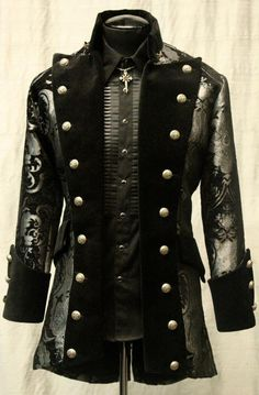 VERSAILLES COAT - BLACK AND SILVER TAPESTRY