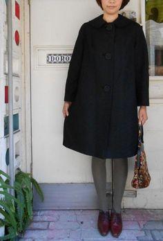 USA製70年代ビンテージ丸襟ブラックコート