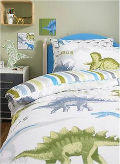 Great bed set for a boys dinosaur themed bedroom.