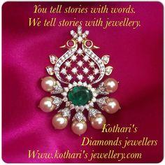Pendant nd tikka Tikka Jewelry, India Jewelry, Bridal Jewelry, Gold Jewellery Design, Gold Jewelry, Gold Bangles, Gold Necklace, Gold Pendent, Diamond Pendant