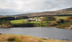 An Autumnal view of Druidale Farm from just above Sulby Reservoir - © Peter Killey - www.manxscenes.com