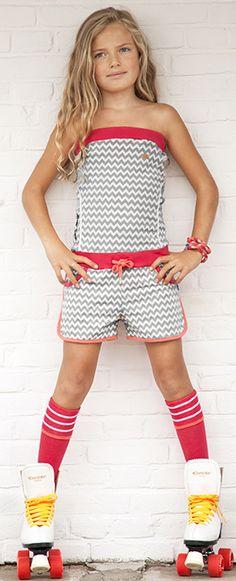 Ninni Vi  cool jumpsuit with zigzag dessin