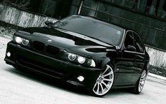 Bandit! BMW Bmw E39, Bmw 528i, Honda 125, Mitsubishi Galant, Bmw Love, Bmw Series, New Bmw, Custom Wheels, Bmw Cars