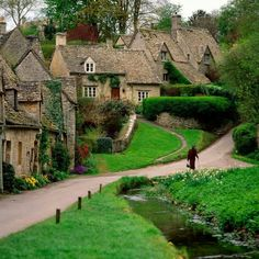 Cottages in Bilbury, England.