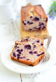 Ciasto jogurtowe z jagodami Food Design, Ale, French Toast, Tasty, Baking, Breakfast, Ethnic Recipes, Sweet, Polish