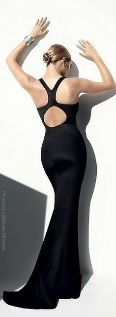 Miss Millionairess....Long Black Dress (gown) Kate Upton by Mario Testino   LBV ♥✤