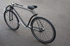 Découvrez le Fixed Cykel Pilen, le fixie réalisé par Addi Velo Design, Bicycle Design, Urban Bike, Velo Vintage, Vintage Bikes, Cool Bicycles, Cool Bikes, Fixi Bike, Racing Bike