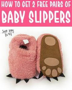 Fuzzy Animal Slippers for Baby! CUTE Paw Slippers will keep your little one's feet cozy and warm all Winter long! Plus, there are so many fun colors to choose from! Have you gotten yours yet? Cute Little Baby, Little Babies, Cute Babies, Free Baby Stuff, Cool Baby Stuff, Gifts For New Moms, Gifts For Girls, Baby Freebies, Cute Baby Gifts