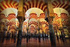 Mezquita, Córdoba. https://www.hotelkamerveiling.nl/hotels/spanje/hotel-cordoba.html