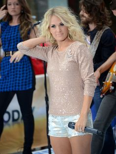 "Carrie Underwood Photo - Carrie Underwood Performs On NBC's ""Today"""