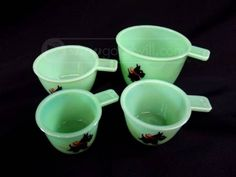Set of 4 Jadeite Glass Measuring Cups with Scotty Dogs.
