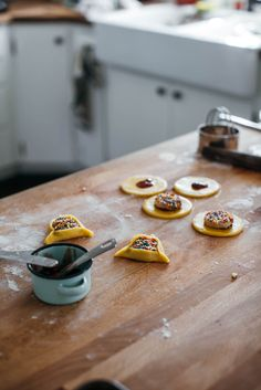 sprinkle hamantaschen | my name is yeh