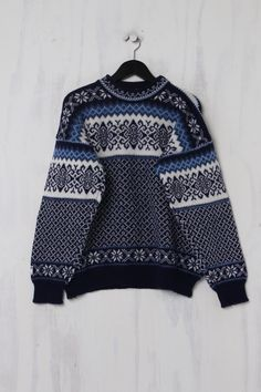 Nordstrikk Norweger Pullover Second Hand aus reiner Schurwolle Trends, Two Hands, Sweaters, Fashion, Nice Asses, Moda, Fashion Styles, Sweater, Fashion Illustrations