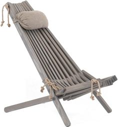 Nordic Design Deck chairs - eco-friendly by Ecofurn. The stylish and oh so comfortable Nordic version of a traditional deckchair. Outdoor Chairs, Outdoor Furniture, Outdoor Decor, Balcony Chairs, Beach Chairs, Dining Chairs, Packing Cartons, Amazing Flexibility, Bois Diy