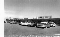 Bedford Plaza, Piggly Wiggly grocery store