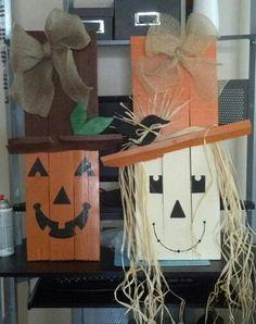 Pumpkin and scarecrow pallet decoration