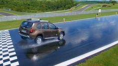 Se você estiver em um carro com pneu careca, a 120km/h, na chuva, quantos metros você acha que precisa para frear? Muitos,