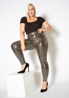 Plus size women's light reflecting metallic sequined high waist leggings.-LOW STRETCHModel Info Height: Bust: Waist: Hip: is wearing Plus Size Chic, Girls In Leggings, Two Piece Dress, Plus Size Fashion, Plus Size Women, High Waist, Girl Fashion, Sort, Beautiful Ladies