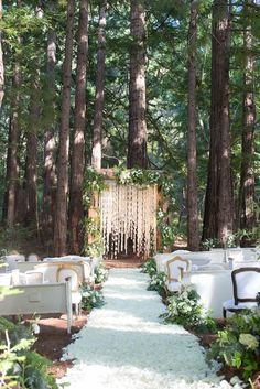 20 Stunning Woodland & Forest Wedding Ceremony Ideas Outdoor Wedding 2019 - World Trends - Wedding Ceremony Chairs, Wedding Ceremony Decorations, Wedding Themes, Outdoor Decorations, Reception Seating, Backdrop Wedding, Reception Ideas, Woods Wedding Ideas, Outdoor Wedding Ceremonies