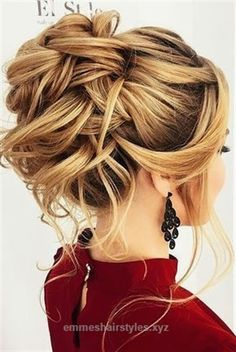 Lovely 18 Creative & Unique Wedding Hairstyles ❤ See more: www.weddingforwar… #weddings #hairstyles  The post  18 Creative & Unique Wedding Hairstyles ❤ See more: www.weddingforwar… #wedd…  ap ..
