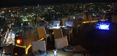 Popular known as the tallest hotel in Bangkok, Baiyoke Sky hotel is one of the must try hotel in Bangkok.