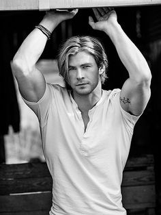 Yes, you are my Duke of Leverton, Chris Hemsworth!