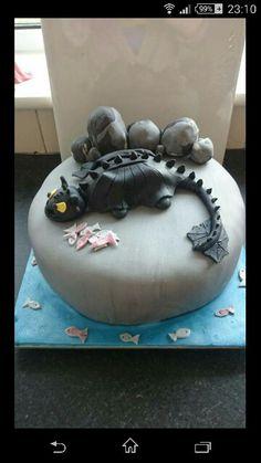 How to.train a Dragon cake