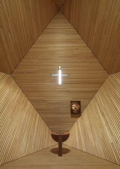 Garnet Chapel, Penkenjoch Austria   Mario Botta   Photo © Enrico Cano